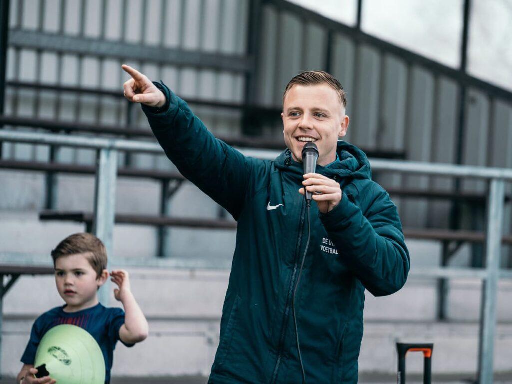 De-Utrechtse-Voetbalschool-Dennis-Voolstra-01