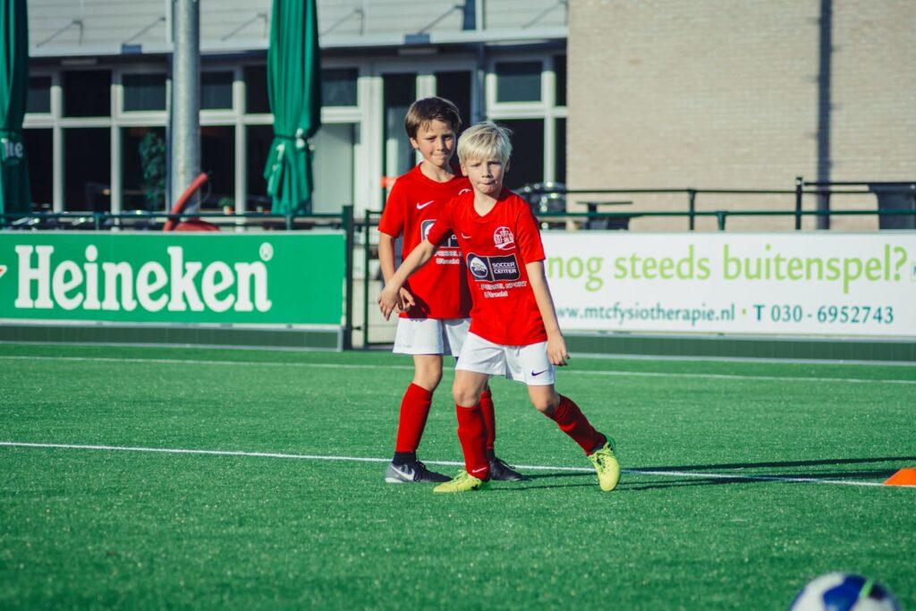 De-Utrechtse-Voetbalschool-Techniektraining-slider-002