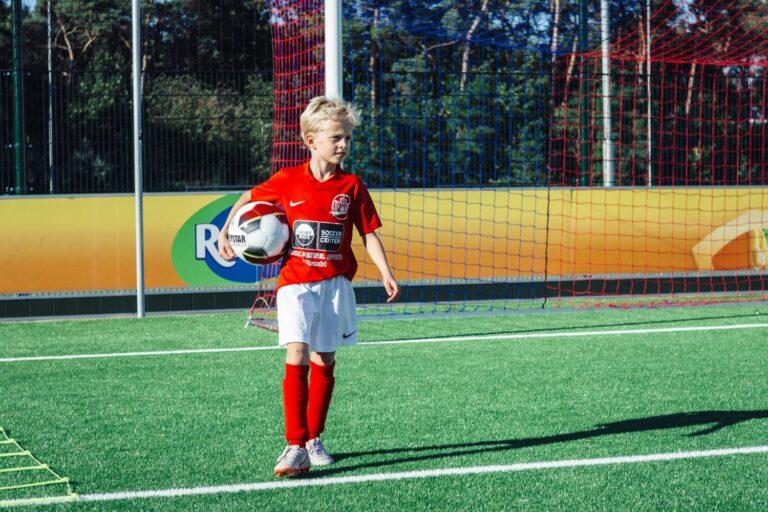 De-Utrechtse-Voetbalschool-Techniektraining-slider-004