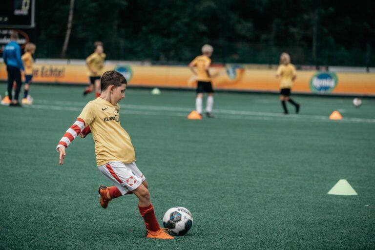 De-Utrechtse-Voetbalschool-Voetbalkampen-slider-001