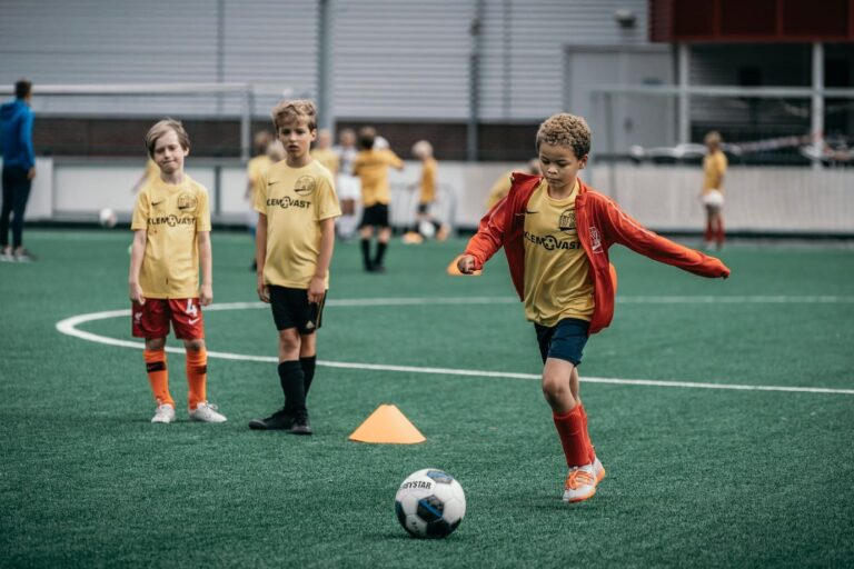 De-Utrechtse-Voetbalschool-Voetbalkampen-slider-004