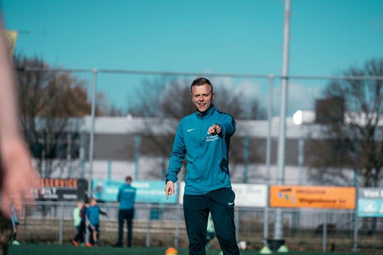 De-Utrechtse-Voetbalschool-inschrijven-techniektraining-04